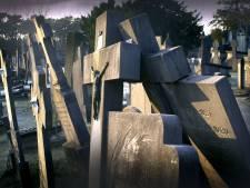 Begraafplaats Bergen op Zoom wil orde op zaken stellen: 'Graven met rode stickers worden niet geruimd'