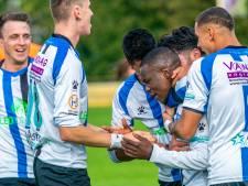 Voetbalclub ESA neemt na het seizoen afscheid van trainer Peter Gerritsen