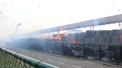 Ramen en deuren mogen opnieuw open na zware bedrijfsbrand bij VPK, brandweer nog hele dag aanwezig