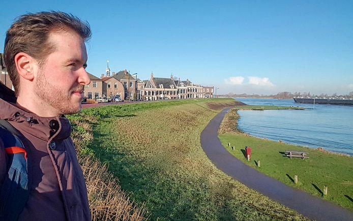 De rust, het water het dorpse leven, zoals hij dat in Terneuzen kende, heeft Kevin Dooms gevonden in zijn nieuwe woonplaats Ameide.