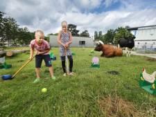 Stadsboerderijen vullen vakantie met vermaak