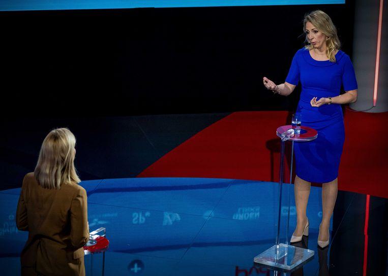 Sigrid Kaag (D66) en Lilian Marijnissen (SP) tijdens het verkiezingsdebat van de NOS. Beeld ANP