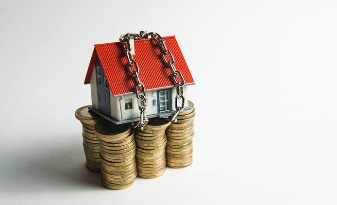 Bij een spaarhypotheek los je pas af als het hele bedrag bij elkaar is gespaard.