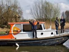 PostNL stopt na 125 jaar met postboot in Biesbosch: 'Drie uur varen voor paar brieven'