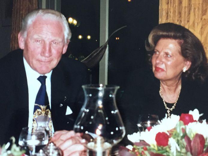 Aad samen met zijn vrouw, die hij tijdens de oorlog soep bracht. Ze zijn altijd samen gebleven.