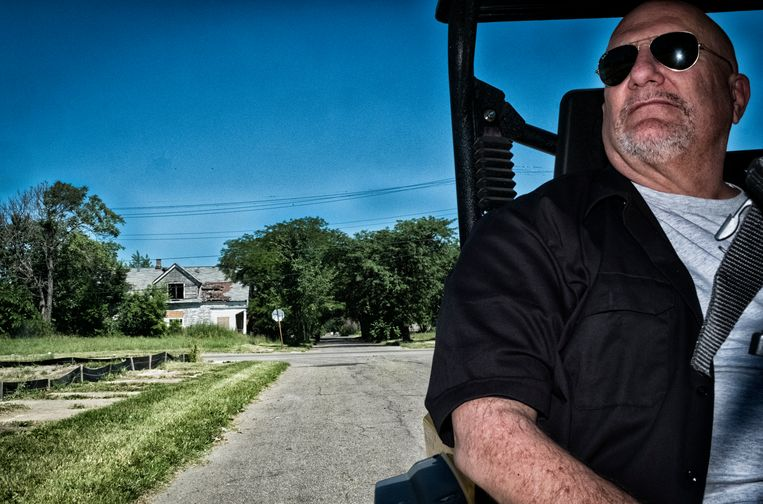 Gary Wozniak in zijn Recovery Park, een urban farming-project dat ex-gedetineerden en voormalige drugsverslaafden een job verschaft. Beeld Tim Dirven