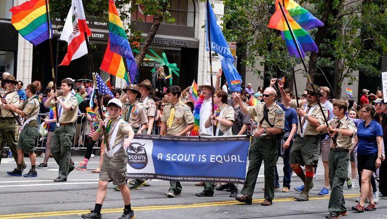 Tijdens de Gay Pride parade in San Francisco liepen vorige maand ook verscheidene scoutsjongens mee. Beeld PHOTO_NEWS