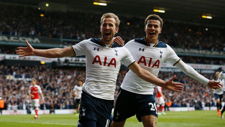 Kane (l) en Dele scoorden elk één keer in twee dolle minuten