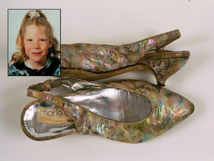 De schoenen waarmee Manon Seijkens (inzet) werd gevonden.