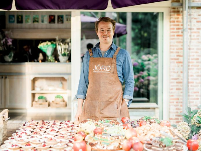 Kelly Verborgstadt, zaakvoerder JÖRD catering moet dit weekend onder meer duizend hapjes prepareren.