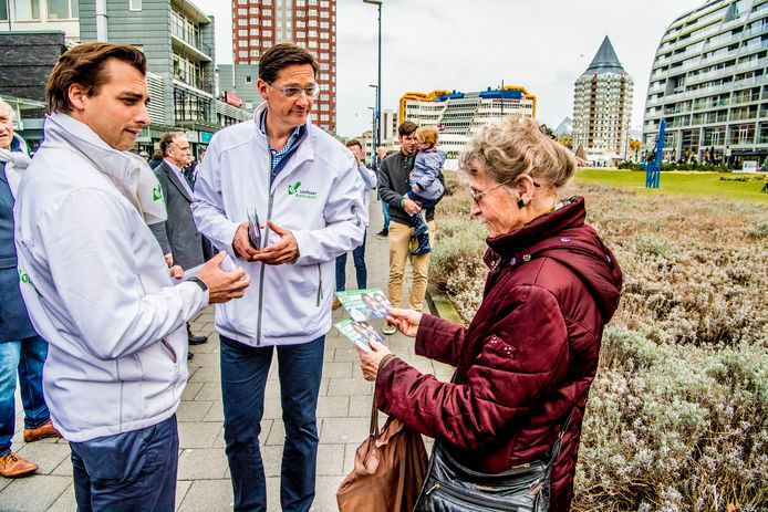 Thierry Baudet en Joost Eerdmans op pad tijdens de Rotterdamse verkiezingscampagne in 2018.