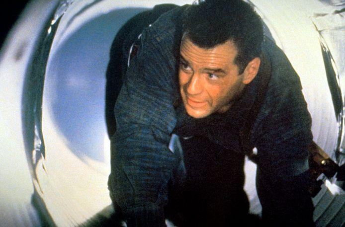 Bruce Willis bleek in de huid van zijn alter ego te zijn gekropen voor een reclame voor auto-accu's.