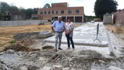 Nieuw plein met dubbele functie voor school De Oester