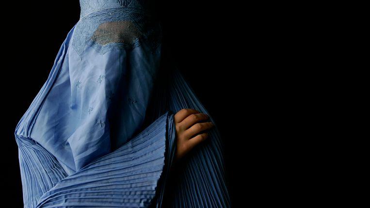 Amnesty vindt dat het dragen van een boerka een vrije keuze moet zijn.  Beeld ANP