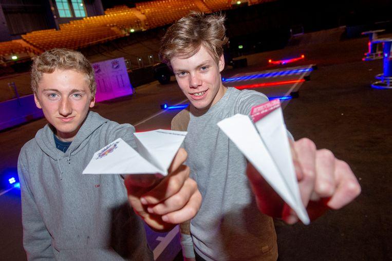 Gent 24/04/2019, In kuipke Gent worden de voorrondes van het wk papieren vliegtuigjes georganiseerd. Alexander Cremmery en Flor Van Mieghem doen alvast een poging. (picture by Florian Van Eenoo/photonews)