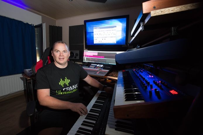 DJ Frank Van Hout (Frank Clarck).