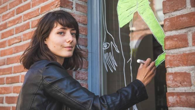 """Sassafras De Bruyn maakt 'quarantekening' in Prinsenhof: """"Coronamaatregelen zetten deuren van de verbeelding wagenwijd open"""""""