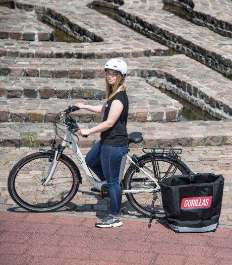 Nieuw in de stad: 'riders' die de boodschappen binnen tien minuten bij je thuis bezorgen (bijna dan)