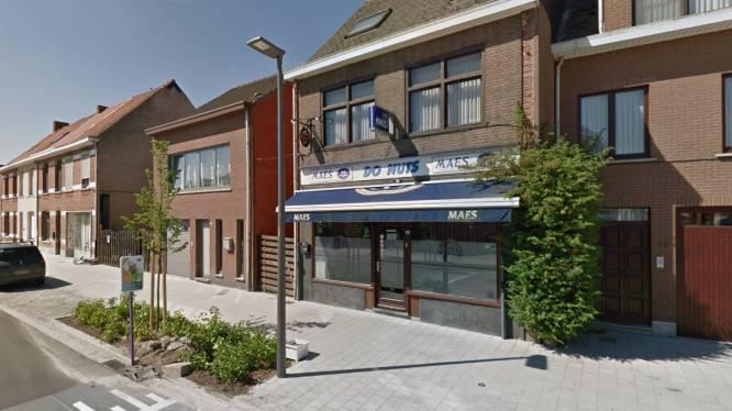 """Vriendin praat twintiger aan de galg na gewapende overval op café Do Nuts, maar trekt verklaring later weer in: """"Het was maar een dronken grap"""""""