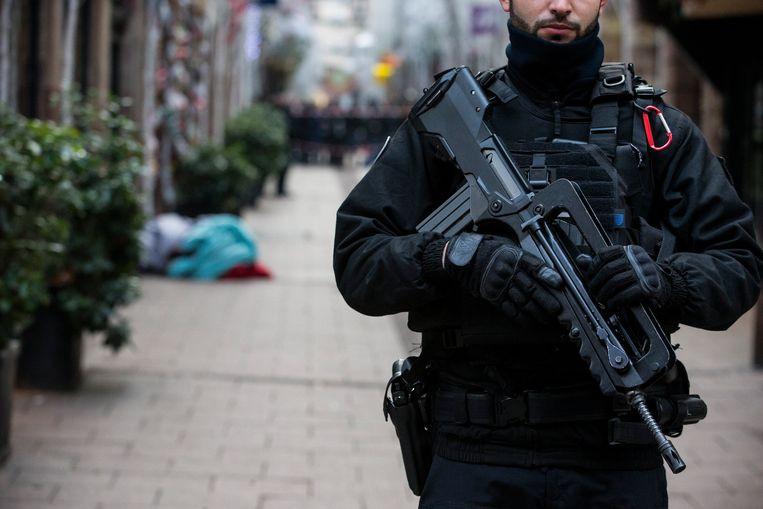 Ordediensten in Straatsburg na de aanslag van dinsdagavond. Beeld Photo News