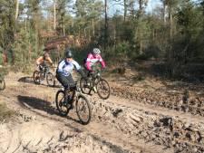 Uitdagingen genoeg bij KokkieBikes Hellendoornse bossentocht voor mountainbikers