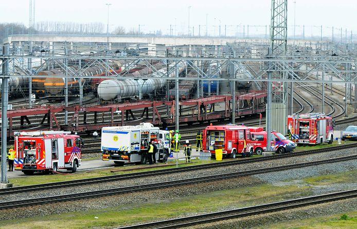 De regionale brandweer gaat regelmatig oefenen met de bedrijfsbrandweer van Kijfhoek