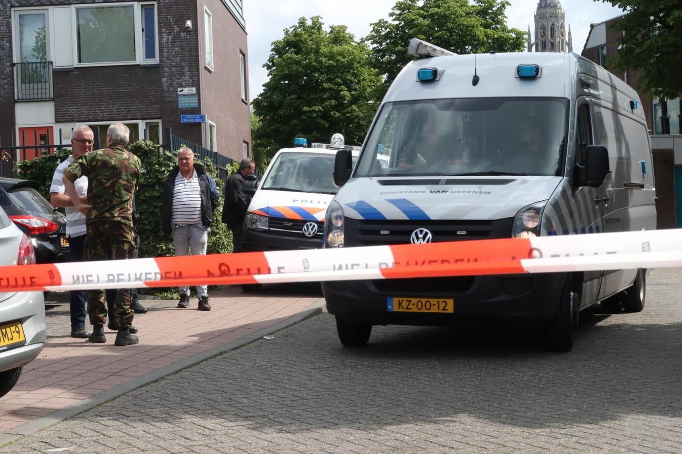 Handgranaten gevonden tijdens invallen witwasonderzoek Breda.