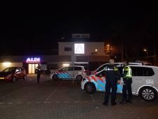 Overvaller Aldi in Tilburg ontkomt met wisselgeld, politie zoekt verder