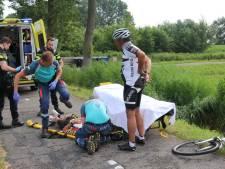 Wielrenner gewond bij ongeval in Schipluiden, slachtoffer met spoed naar ziekenhuis