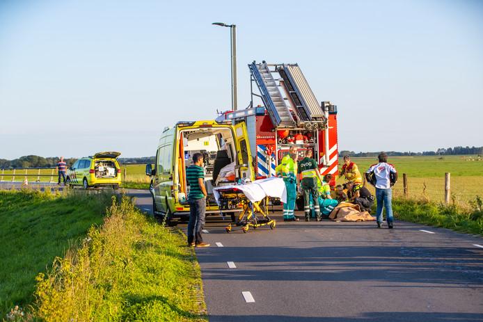 Een motorrijder vloog uit de bocht op de Werverdijk bij Wapenveld.