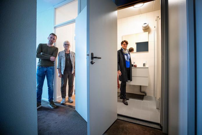 Bij veel bewoners is ook de badkamer vernieuwd.