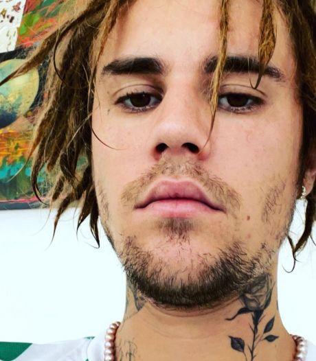 Pourquoi la nouvelle coiffure de Justin Bieber suscite la polémique