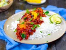 Wat Eten We Vandaag: Surinaamse sardientjes in tomatensaus met zoetzure komkommer