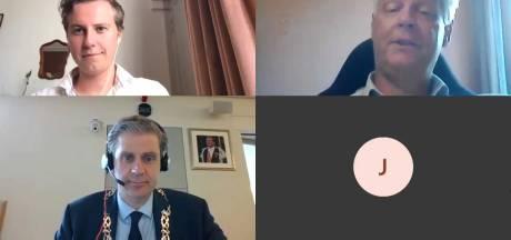 Zo wil Dordrecht de digitale vergaderingen minder rommelig maken: 'Het is soms niet te volgen'