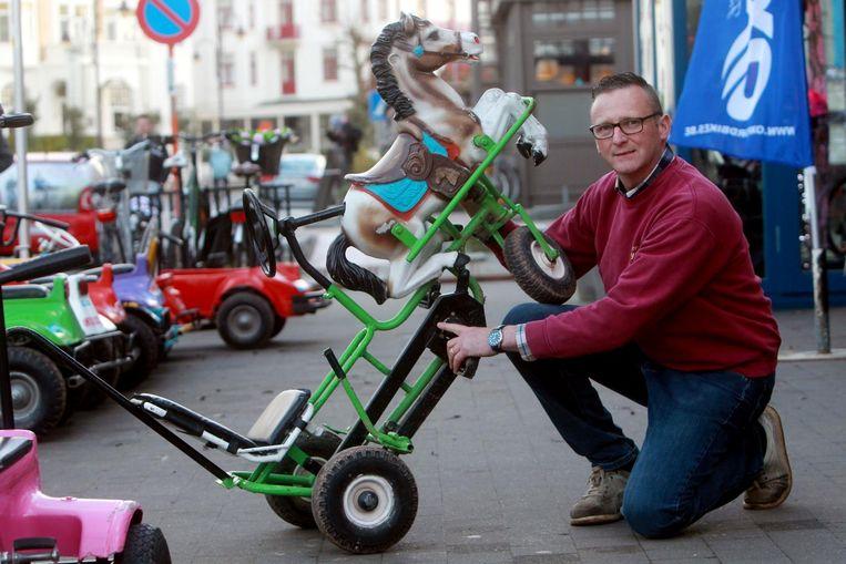 Schepen Rudi Cattrysse van de gelijknamige fietsenwinkel en gocartverhuur gooit het stuur om en kiest voor de komende gemeenteraadsverkiezingen voor de lijst N-VA/Samen.