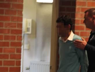 """Acht jaar na spraakmakende kluisroof zit laatste voortvluchtige verdachte in Belgische cel: """"Hij ontkent dat hij kluis uit vluchtende wagen gooide"""""""