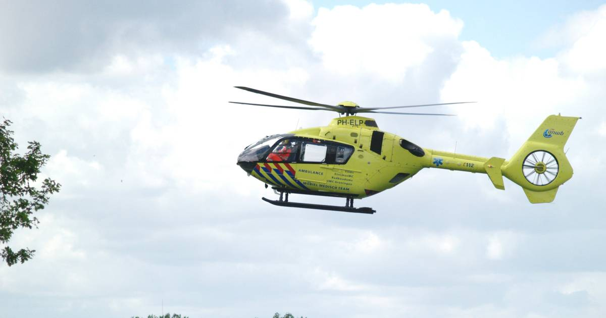 Kind raakt gewond bij ongeluk in Tubbergen, traumahelikopter opgeroepen.