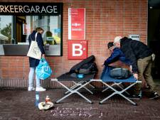 Amsterdam luidt noodklok over daklozen, vraagt Den Haag om hulp