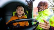 """Vijfdejaars A. Rodenbach kruipen achter het stuur van vrachtwagen: """"Leren omgaan met dode hoek"""""""