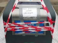Levensgevaarlijk voor kind en hondje: nieuwe papiercontainer moet meteen weer weg