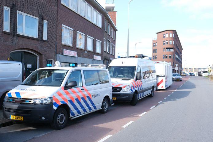 Inval aan de Zeesluisweg in Den Haag.