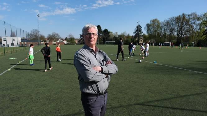 """KFC Wezembeek verliest terreinen aan nieuwe voetbalclub na klachten over werking: """"Gemeente steekt ons mes in de rug"""""""