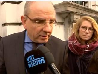 """Geens is het niet eens met Francken: """"Visum toekennen of boete betalen"""""""