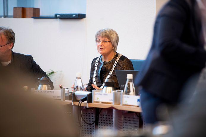 Waarnemend burgemeester Annelies van der Kolk.