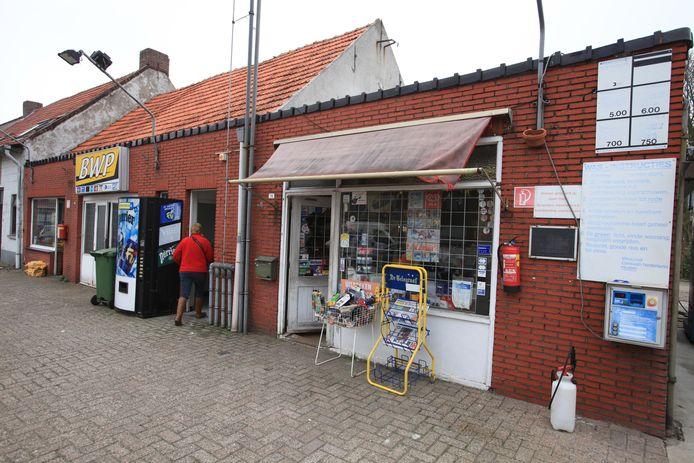 Archieffoto van de 'witte pomp' in Baarle-Hertog.