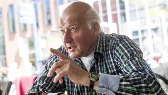 De 'Bas Nijhuis van Hengelo' bergt zijn fluitje op na 55 jaar: 'Ik wilde met mijn snufferd op de bal zitten'