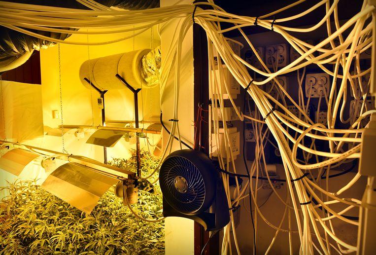 Archiefbeeld: drugslab in Nederland.  Beeld Marcel van den Bergh