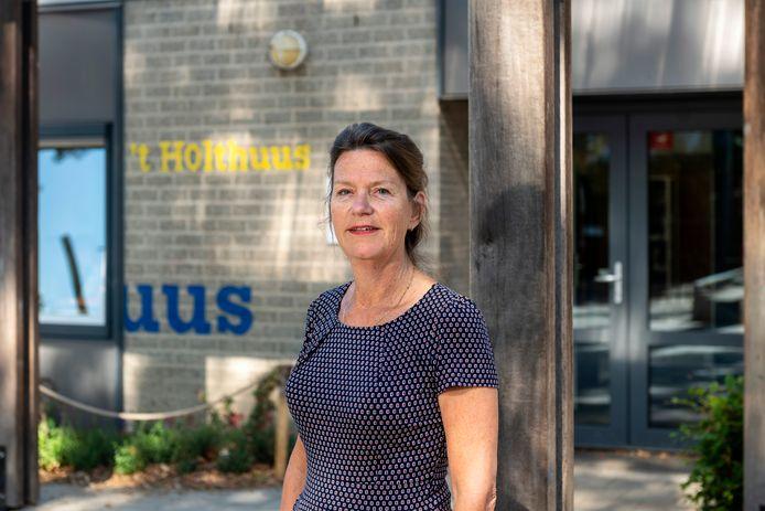 Alice Nijeboer is onlangs door de gemeente Lingewaard aangesteld als gezinscoach.