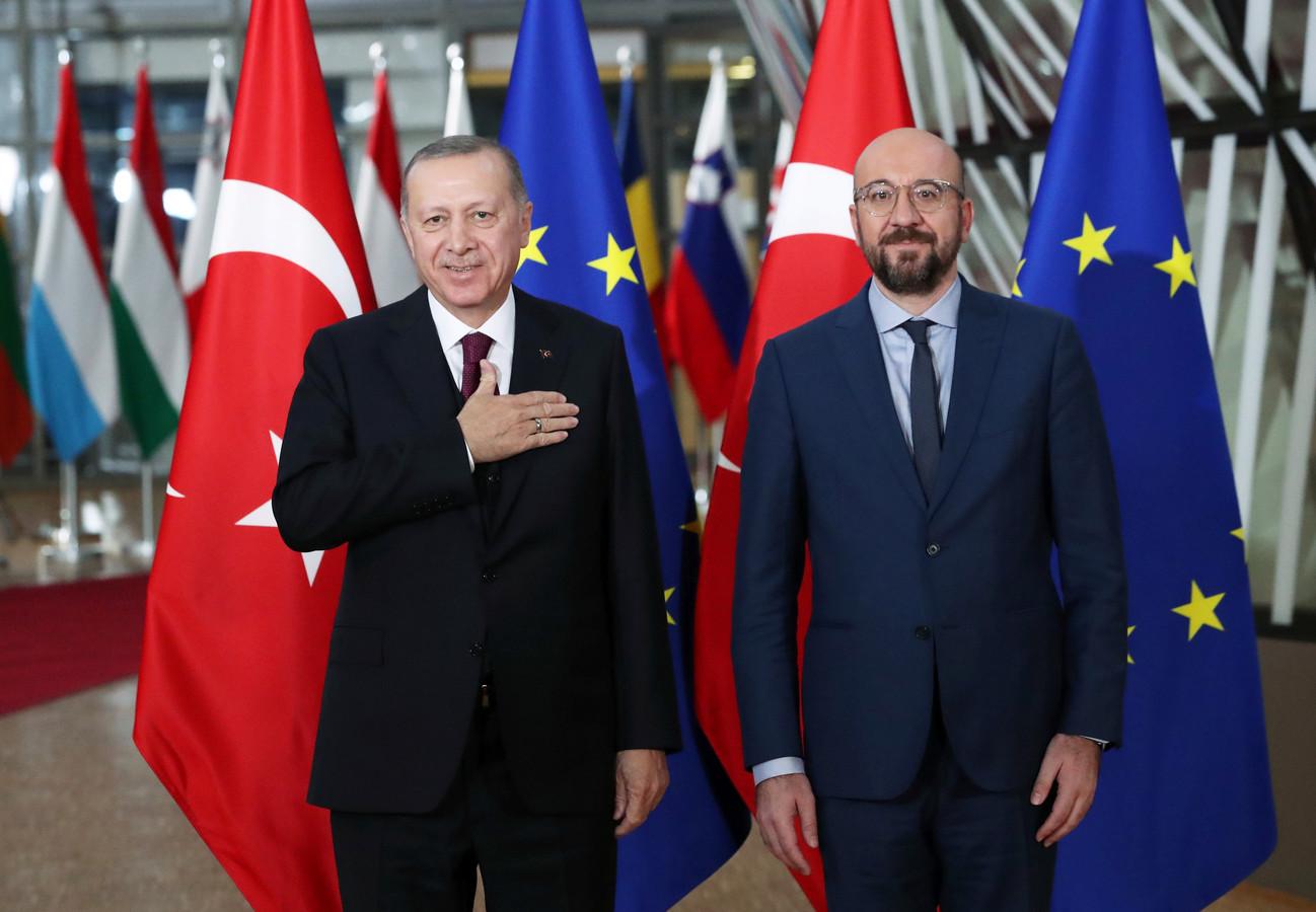 De Turkse president Tayyip Erdogan en de Europese Raadsvoorzitter Charles Michel in Brussel.