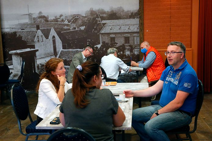 Inwoners kunnen woensdag- en donderdagavonden in Dorpshuis De Poort in gesprek met afgevaardigden van Defensie en onderzoeksbureau TNO.